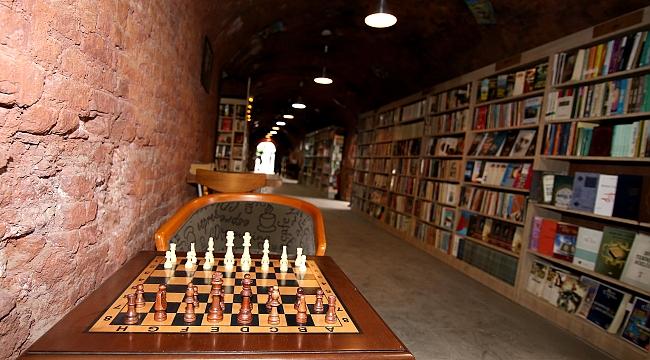 Ankara'da Çöpten Çıkan Kütüphanede Rekor Büyüme