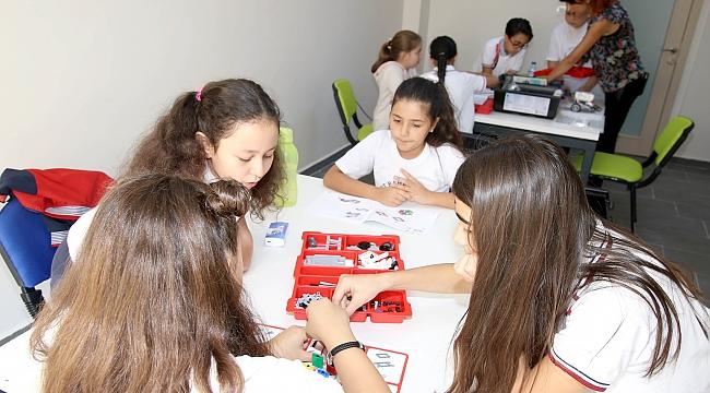 Çukurambar'da Çocuklara Yönelik, Kodlama, Robot ve 3 D Tasarım Eğitimi