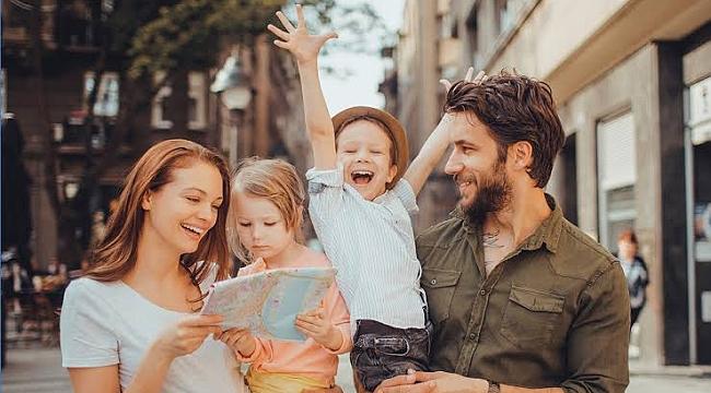 Anneler ile Babalar Günü Birlikte Kutlanmalı