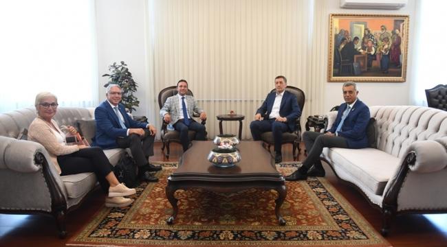 Ankara'da Eğitim Projesi Toplantısı