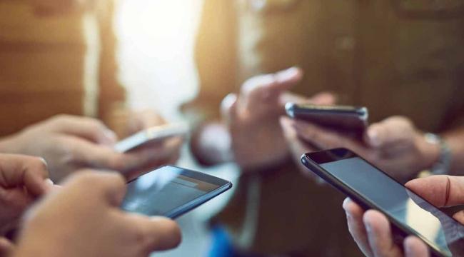 Sosyal Medya Kişilik Bozukluklarına Neden Oluyor