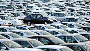 İkinci el ve sıfır araçlarda fiyatlar düşecek mi, artacak mı?
